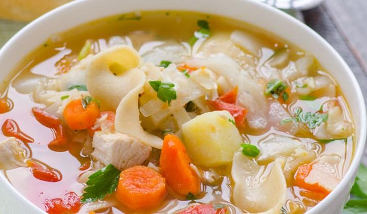 ქათმის, ბოსტნეულისა და მაკარონის სუპი   Kulinaria.ge